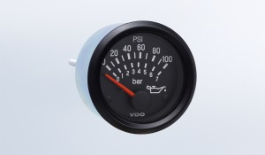 Cockpit International 100 PSI/7 bar Oil Pressure Gauge, Use with VDO Sender, 12V, M4 Stud Connection