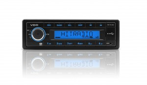 VDO Radio AM/FM Radio with USB/AUX input 12V